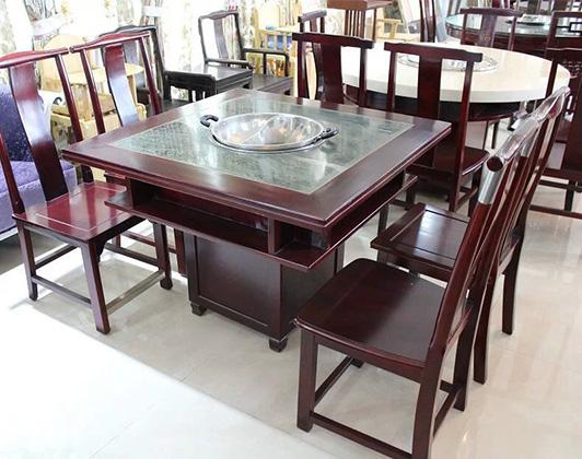 森林绿火锅桌