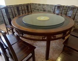 西藏八仙桌